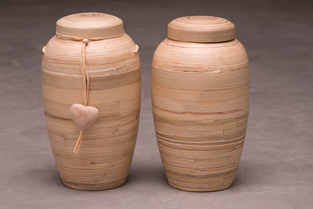 Bambusurne med og uden hjerte